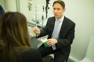 Allon Barsam reassures patient pondering the question 'how long will laser eye surgery last'